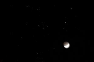 moon-in-hyades-24mar15